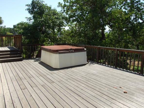 South side deck (6)_590x442
